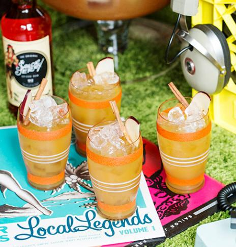 Spiced Rum Spiked Apple Cider Punch