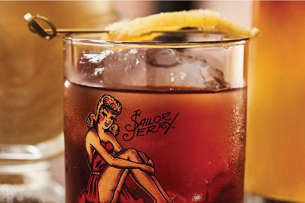 Spiced Rum Ginger Cocktails Drink Recipes Sailor Jerry